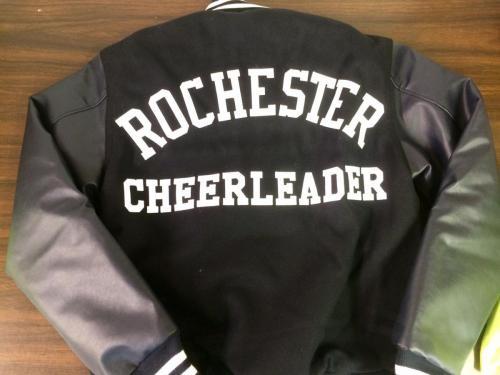 rochester-cheerleader-tackle-twill